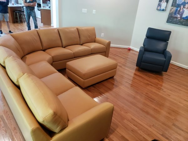 Kaden Sectional Sofa with Elliot Comfort Recliner