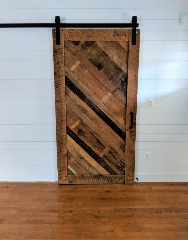 Diagonal Wood Barn Door 2 e1551149243151