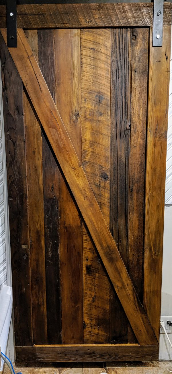 Maxwell barn door