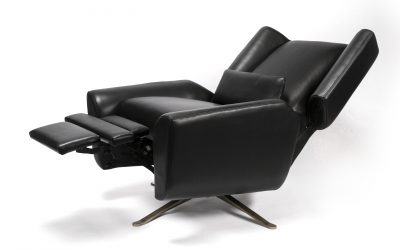 Special 20% OFF American Leather® SALE until May 4th on Comfort Recliners, Re-Invented Recliners & All Accent Chairs!