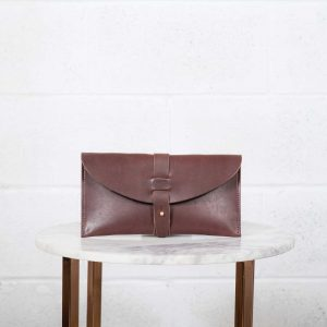 5th avenue clutch brown front