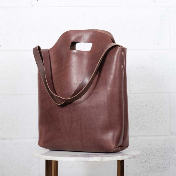 market tote brown front view 1
