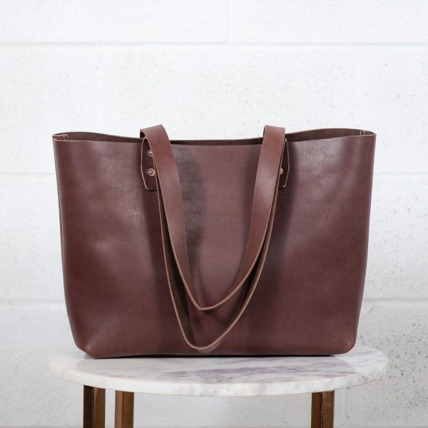 urban tote brown front view